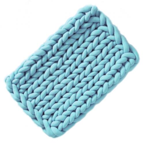 kézzel kötött kis szőnyeg